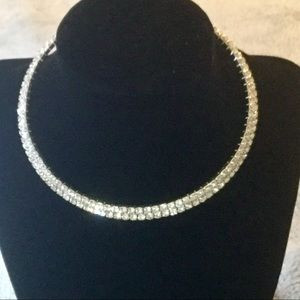 Jewelry - Silver Choker with stones